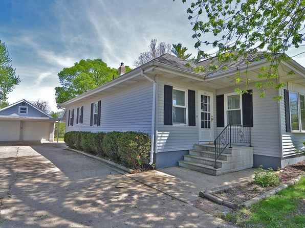 2 bed 1 bath Single Family at 1610 Champlain St Ottawa, IL, 61350 is for sale at 130k - 1 of 17