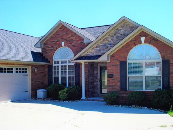 3 bed 2 bath Single Family at 2575 Stirrup Ln Dalzell, SC, 29040 is for sale at 176k - 1 of 19