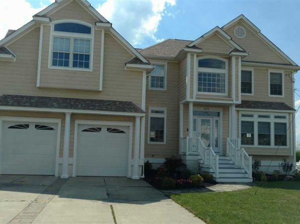 4 bed 4 bath Single Family at 1515 E Shore Dr Brigantine, NJ, 08203 is for sale at 800k - 1 of 25