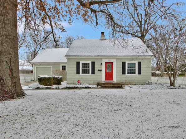 4 bed 2 bath Single Family at 950 N Roosevelt St Wichita, KS, 67208 is for sale at 134k - 1 of 30