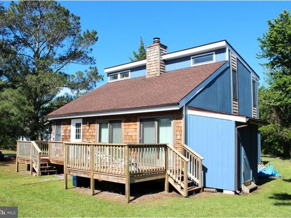 4 bed 3 bath Single Family at 303 2ND ST BETHANY BEACH, DE, 19930 is for sale at 645k - 1 of 24
