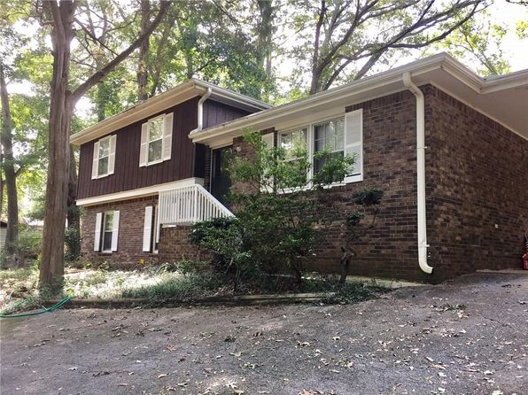 3 bed 2 bath Single Family at 1028 DUKE DR SE CONYERS, GA, 30013 is for sale at 115k - 1 of 14