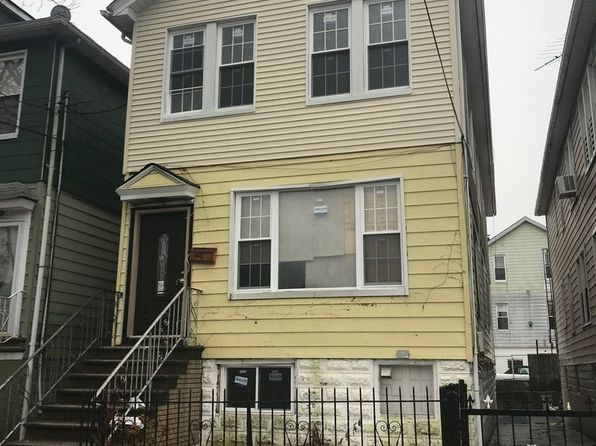 8 bed 5 bath Multi Family at 4327 Grace Ave Bronx, NY, 10466 is for sale at 749k - google static map