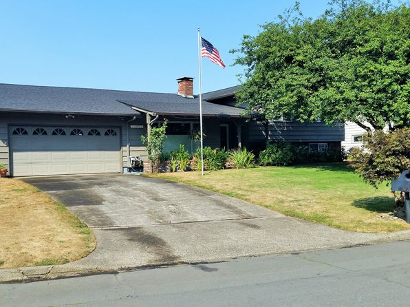 4 bed 3 bath Single Family at 16105 NE Stanton St Portland, OR, 97230 is for sale at 400k - 1 of 31