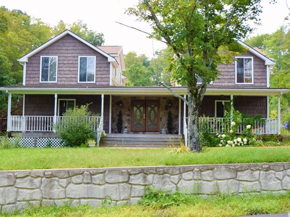 4 bed 3 bath Single Family at 571 Rudolph Weir Jr Rd Earlton, NY, 12058 is for sale at 425k - 1 of 65