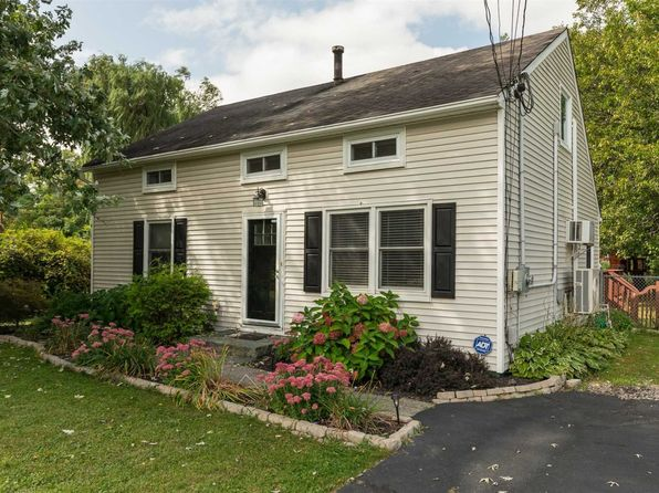 4 bed 2 bath Single Family at 9 W DOGWOOD DR POUGHKEEPSIE, NY, 12601 is for sale at 270k - 1 of 24