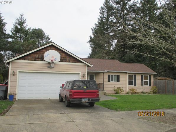 3 bed 2 bath Single Family at 843 SE Roberts McMinnville, OR, 97128 is for sale at 275k - 1 of 4
