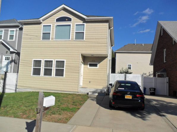 3 bed 3 bath Single Family at 315 Yetman Ave Staten Island, NY, 10307 is for sale at 659k - 1 of 26