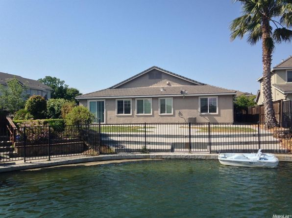 4 bed 2 bath Single Family at 1424 Oasis Ln Patterson, CA, 95363 is for sale at 415k - 1 of 14