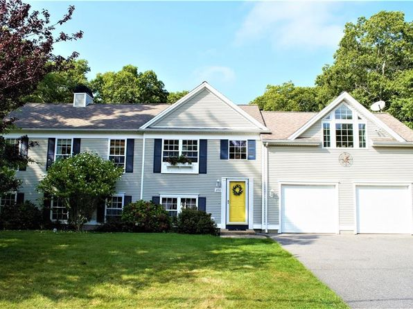 3 bed 3 bath Single Family at 390 S Christopher Ave Tiverton, RI, 02878 is for sale at 435k - 1 of 32