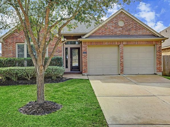 4 bed 2 bath Single Family at 13310 HIGHLAND LAKE LN PEARLAND, TX, 77584 is for sale at 250k - 1 of 23