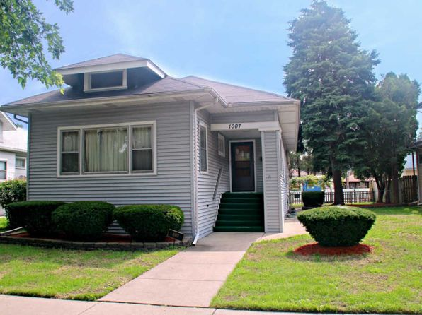 2 bed 1.5 bath Single Family at 1007 N 14th Ave Melrose Park, IL, 60160 is for sale at 155k - 1 of 27