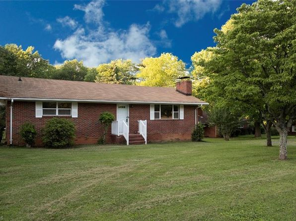 2 bed 1 bath Single Family at 2801 Polo Rd Winston Salem, NC, 27106 is for sale at 107k - 1 of 21