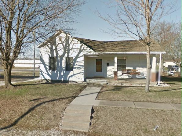 2 bed 1 bath Single Family at 408 W 2nd St Salisbury, MO, 65281 is for sale at 59k - 1 of 2