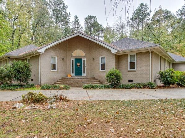 3 bed 3 bath Single Family at 1017 Pleasant Ridge Dr Chesapeake, VA, 23322 is for sale at 400k - 1 of 29