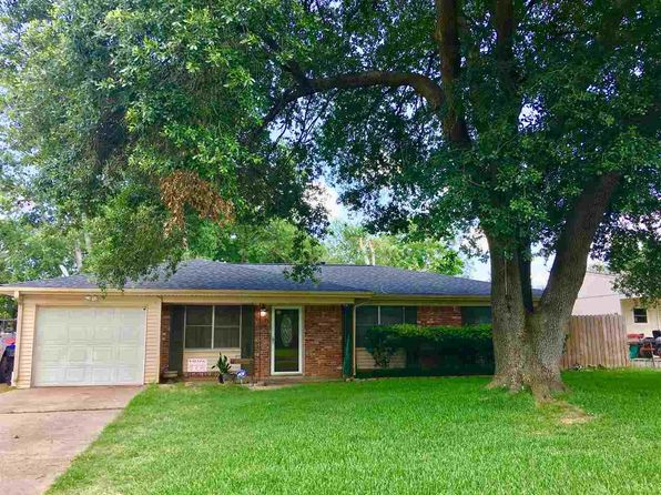 3 bed 2 bath Single Family at 1304 Centenary Dr Longview, TX, 75601 is for sale at 115k - 1 of 21