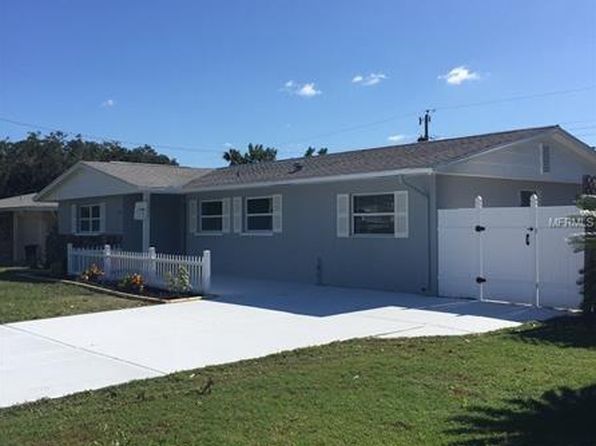 4 bed 3 bath Single Family at 3324 Glouster St Sarasota, FL, 34235 is for sale at 244k - 1 of 8