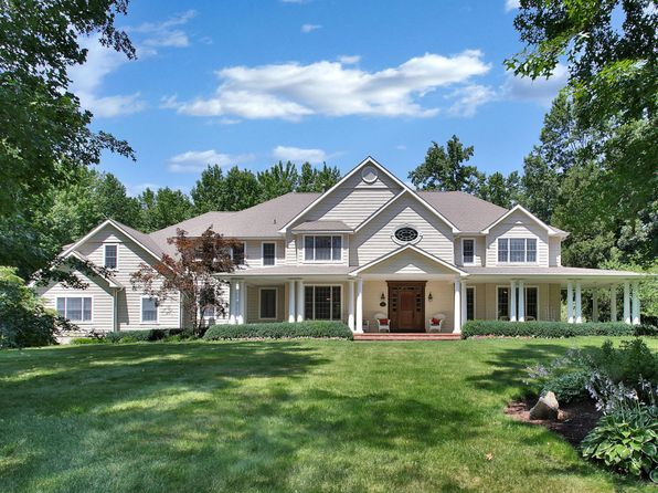 6 bed 7 bath Single Family at 602 Martins Ln Middletown, NJ, 07748 is for sale at 1.79m - 1 of 17