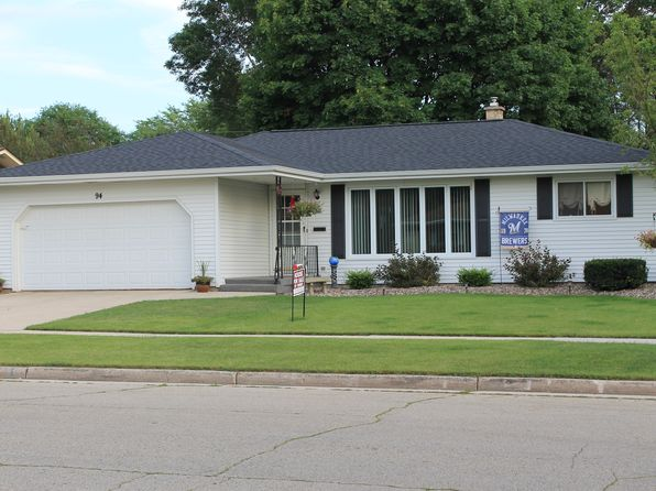 2 bed 2 bath Single Family at 94 18th St Fond Du Lac, WI, 54935 is for sale at 150k - 1 of 24