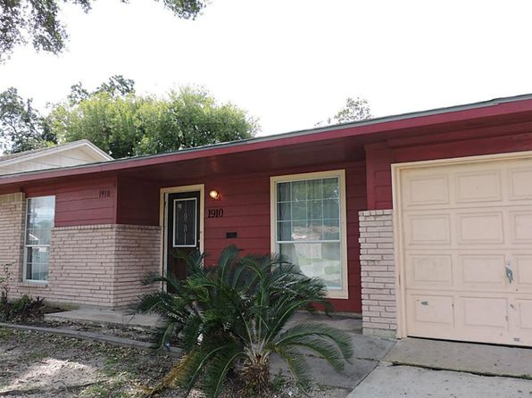 4 bed 2 bath Single Family at 1910 Firwood Dr Pasadena, TX, 77502 is for sale at 148k - 1 of 10