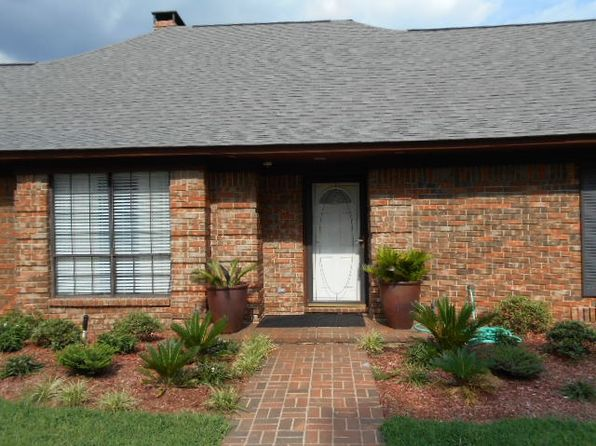 3 bed 2 bath Single Family at 6024 Pleasant Ln Texarkana, TX, 75503 is for sale at 220k - 1 of 18