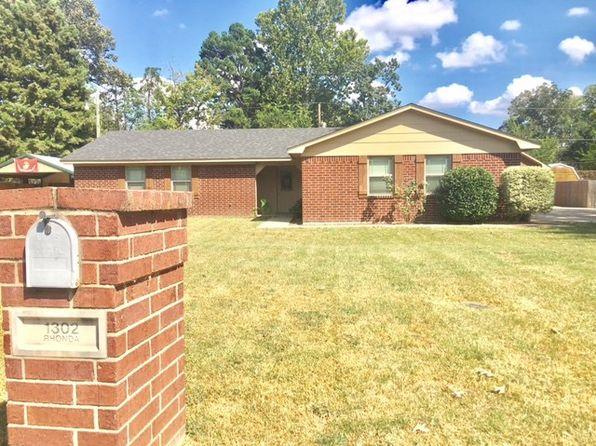 3 bed 2 bath Single Family at 1302 RHONDA LN WHITE OAK, TX, 75693 is for sale at 174k - 1 of 22