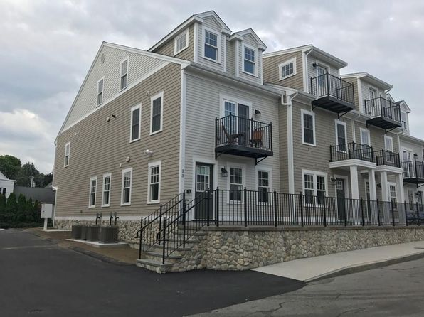 1 bed 1 bath Condo at 23 Howland St Plymouth, MA, 02360 is for sale at 390k - 1 of 37