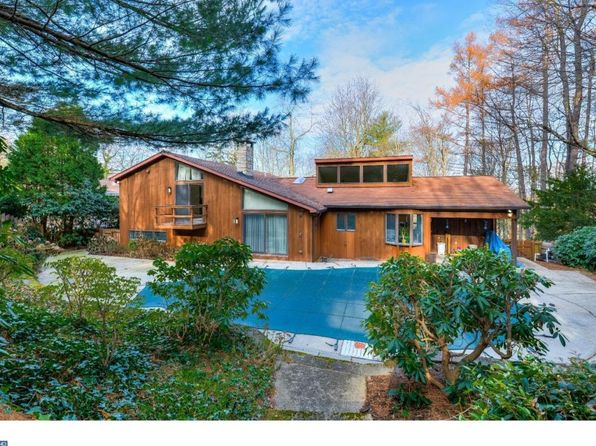 4 bed 4 bath Single Family at 1621 Oak Rd Pottsville, PA, 17901 is for sale at 270k - 1 of 25