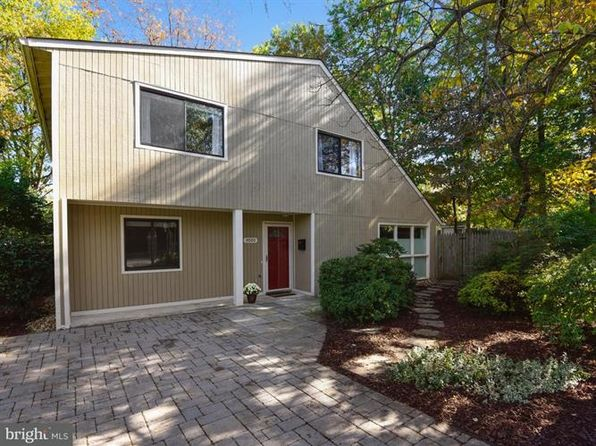 3 bed 3 bath Single Family at 1001 N Roosevelt St Falls Church, VA, 22046 is for sale at 735k - 1 of 28