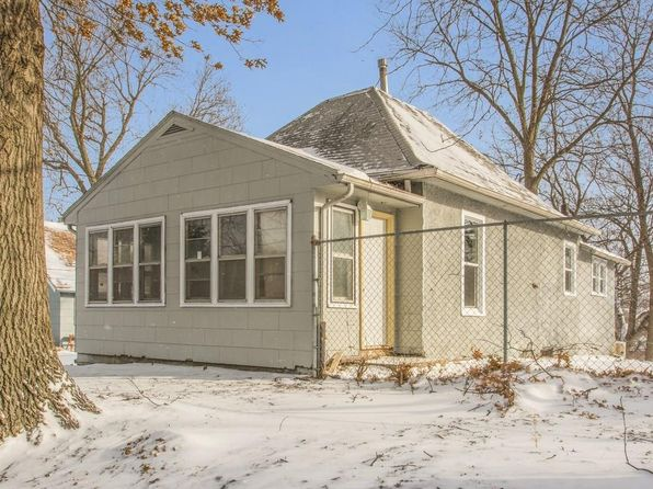 2 bed 1 bath Single Family at 2603 SE 6th St Des Moines, IA, 50315 is for sale at 105k - 1 of 21