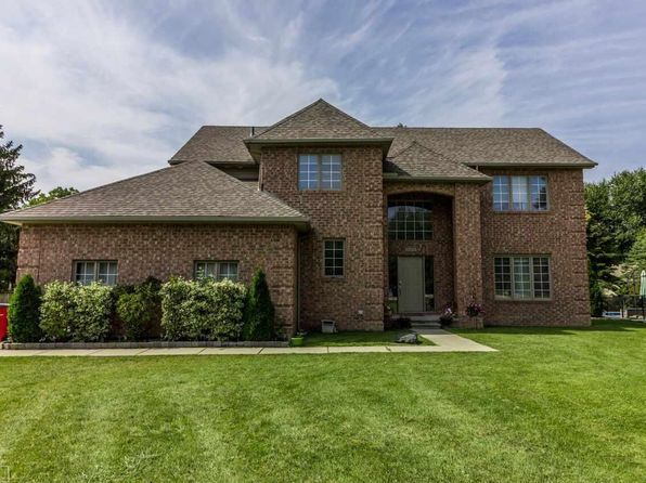 4 bed 3 bath Single Family at 52655 Fairchild Rd Chesterfield, MI, 48051 is for sale at 325k - 1 of 22