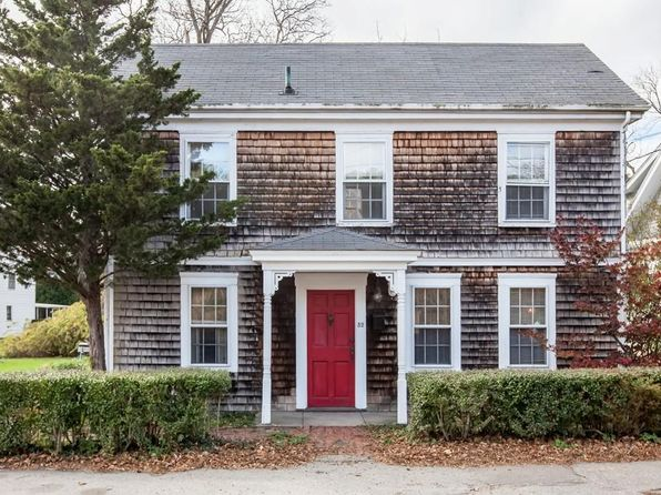 3 bed 2 bath Single Family at 52 Summer St Cohasset, MA, 02025 is for sale at 425k - 1 of 45