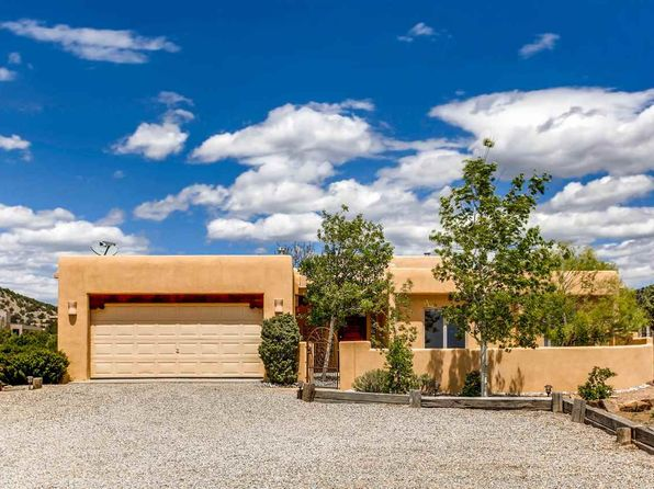 3 bed 2 bath Single Family at 4 Floresta Dr Santa Fe, NM, 87508 is for sale at 425k - 1 of 28