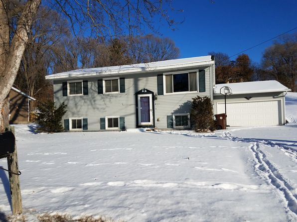 4 bed 2 bath Single Family at 802 6th Ave N Onalaska, WI, 54650 is for sale at 165k - 1 of 17