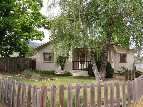 2 bed 1 bath Single Family at 1017 CALLAHAN WAY ETNA, CA, 96027 is for sale at 145k - 1 of 12
