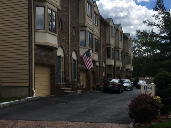 2 bed 3 bath Condo at 1144 Farm Rd Secaucus, NJ, 07094 is for sale at 352k - 1 of 2