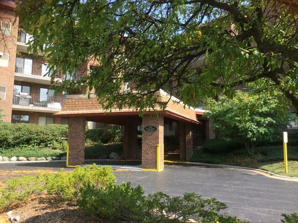 1 bed 1 bath Condo at 101 Old Oak Dr Buffalo Grove, IL, 60089 is for sale at 127k - 1 of 24