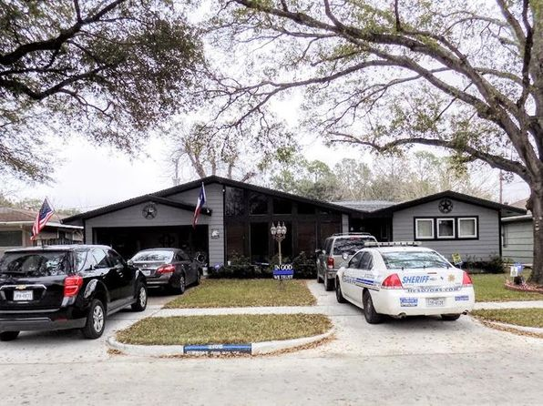 3 bed 2 bath Single Family at 2106 RIDGEMORE DR HOUSTON, TX, 77055 is for sale at 235k - 1 of 15