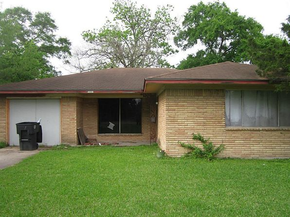 3 bed 1.5 bath Single Family at 4815 Bostic St Houston, TX, 77016 is for sale at 70k - 1 of 8