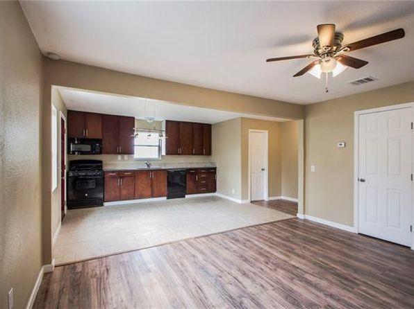 3 bed 2 bath Single Family at 1007 Johnson St Lockhart, TX, 78644 is for sale at 150k - 1 of 18