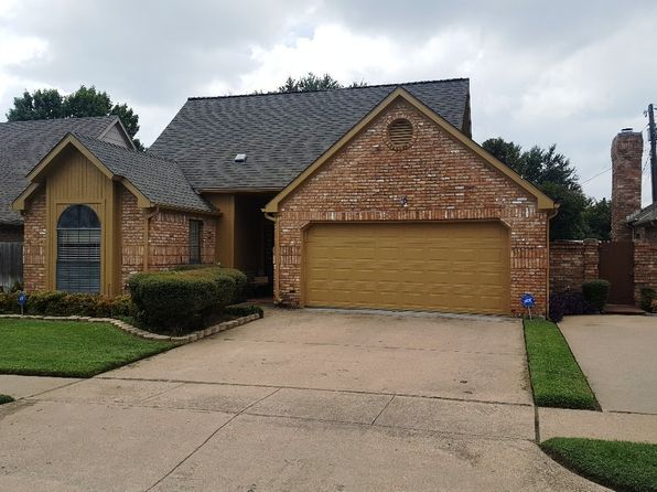 3 bed 2 bath Single Family at 1017 Olde Towne Dr Irving, TX, 75061 is for sale at 244k - 1 of 34