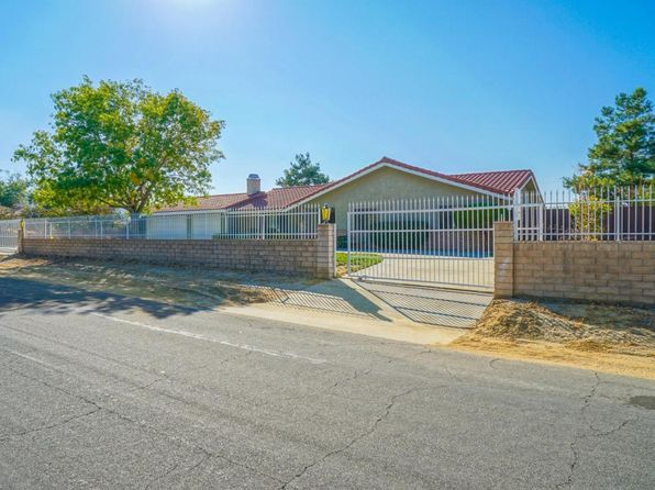 3 bed 2 bath Single Family at 35461 80th St E Littlerock, CA, 93543 is for sale at 406k - 1 of 17