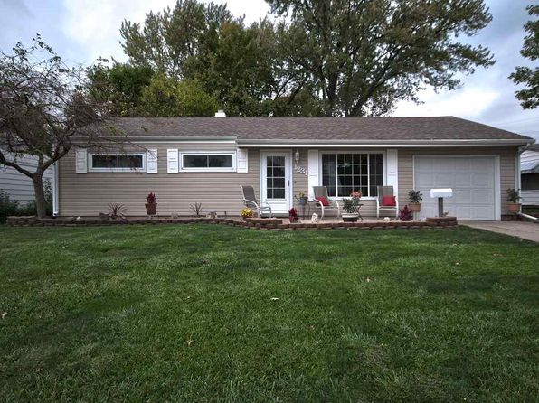 3 bed 1 bath Single Family at 1231 Alpine Dr South Bend, IN, 46614 is for sale at 110k - 1 of 17