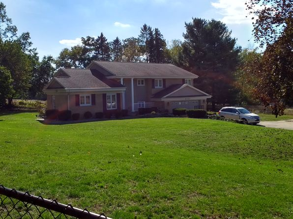 3 bed 3 bath Single Family at 8262 S Jackson Rd Clarklake, MI, 49234 is for sale at 280k - 1 of 23