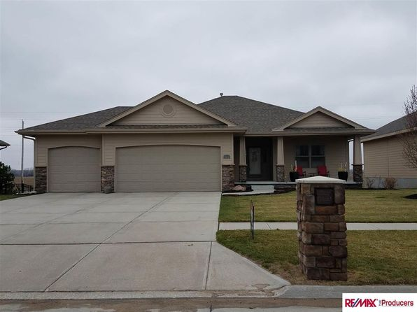 3 bed 3 bath Single Family at 4210 N 269th St Valley, NE, 68064 is for sale at 312k - 1 of 33