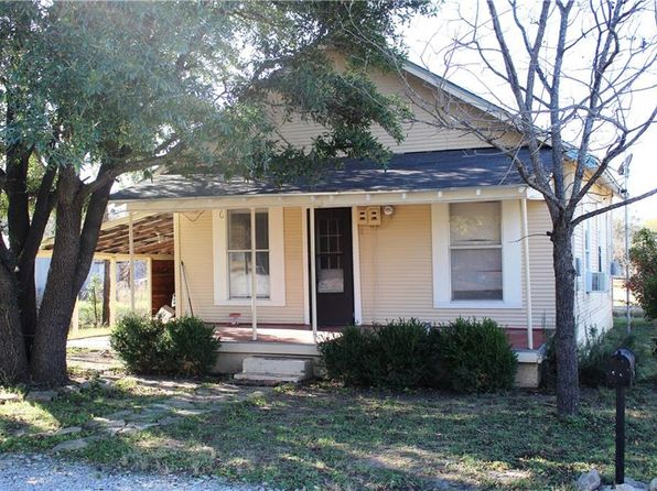 2 bed 1 bath Single Family at 3007 Cottage St Brownwood, TX, 76801 is for sale at 50k - 1 of 17