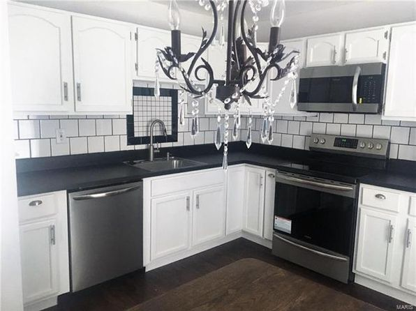 2 bed 1 bath Condo at 601 Monroe St Pacific, MO, 63069 is for sale at 60k - 1 of 9