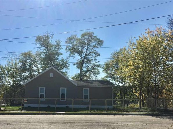 3 bed 2 bath Single Family at 1423 Pike Rd Savanna, IL, 61074 is for sale at 70k - 1 of 16