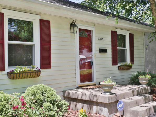2 bed 1 bath Single Family at 8203 Roland Ave Lyndon, KY, 40222 is for sale at 154k - 1 of 12