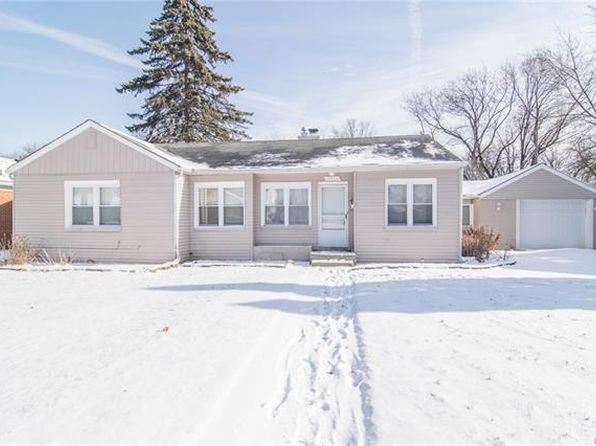 3 bed 2.5 bath Single Family at 16942 Wakenden Redford, MI, 48240 is for sale at 130k - 1 of 35
